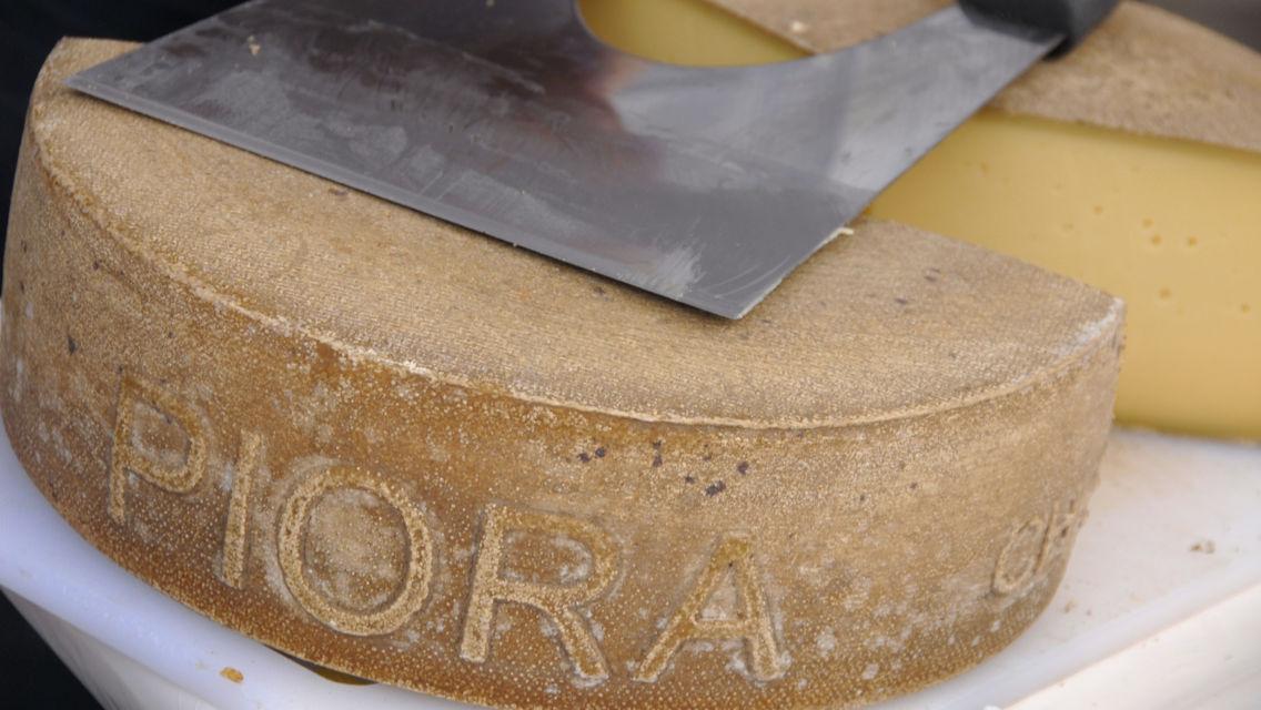 formaggio-dell-alpe-6888-TW-Slideshow.jpg