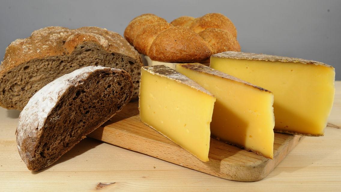 formaggio-e-pane-6585-TW-Slideshow.jpg