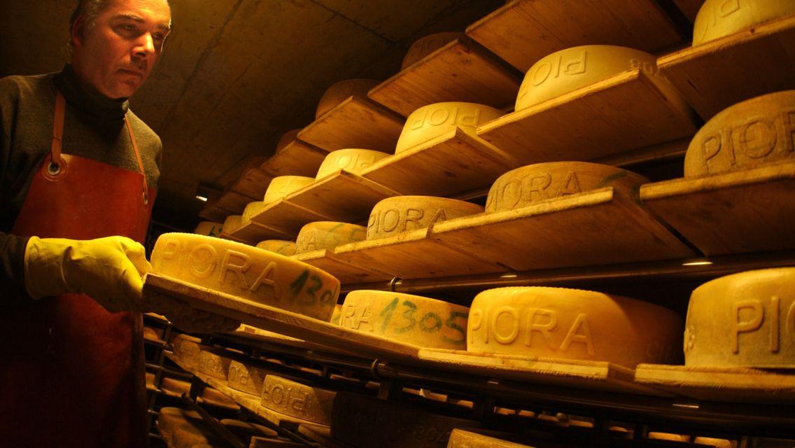 formaggio-piora-24223-TW-Slideshow.jpg