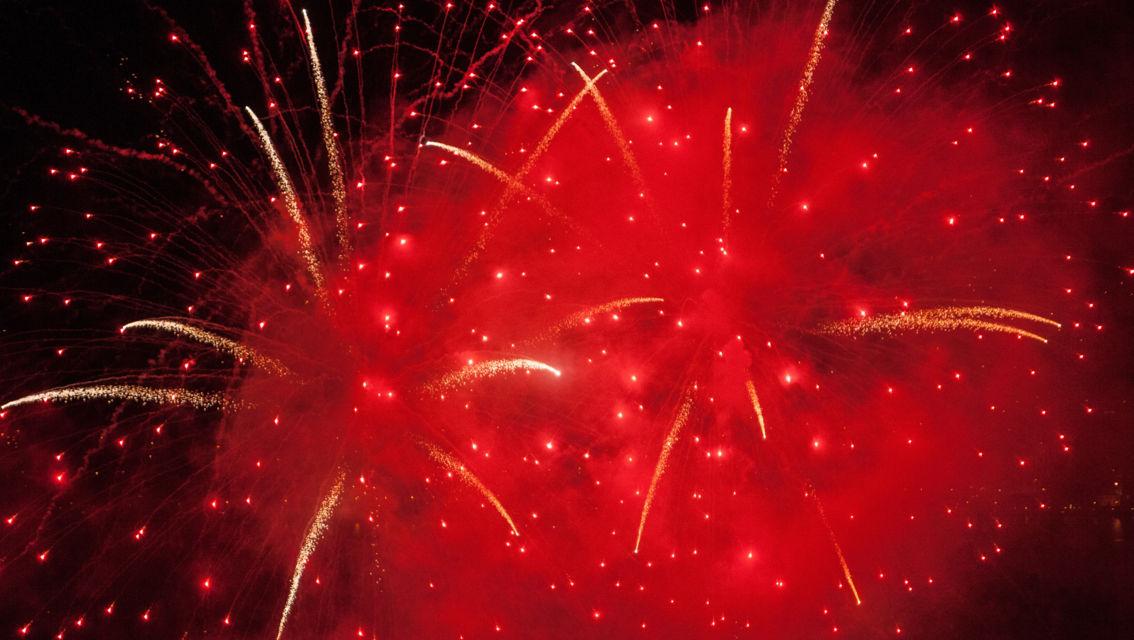 fuochi-d-artificio-9695-TW-Slideshow.jpg