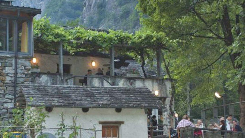 grotto-Froda-a-Foroglio-19430-TW-Slideshow.jpg