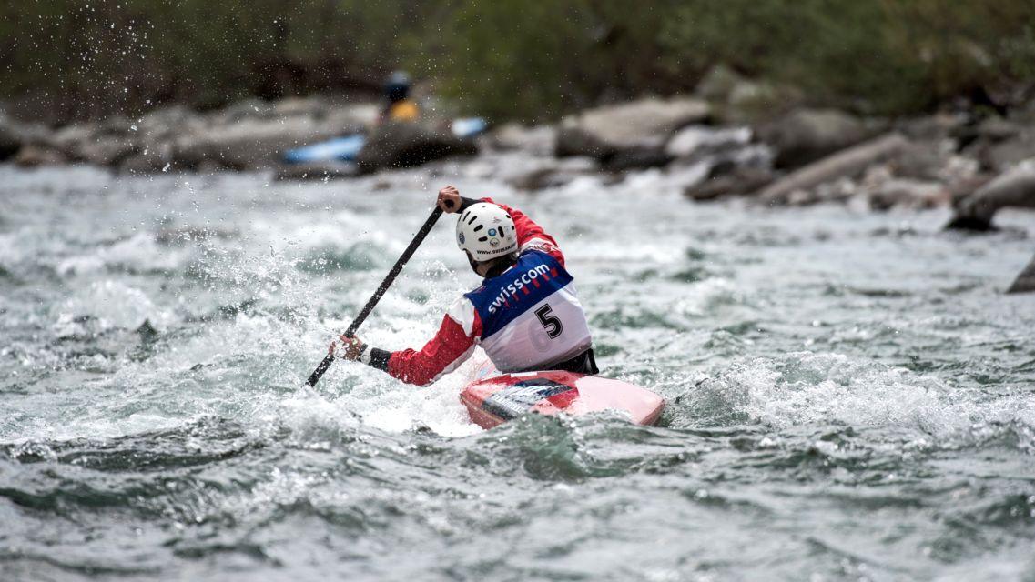 kayak-canoa-24216-TW-Slideshow.jpg
