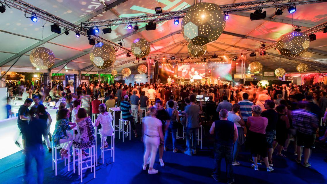 la-Rotonda-del-Festival-22280-TW-Slideshow.jpg