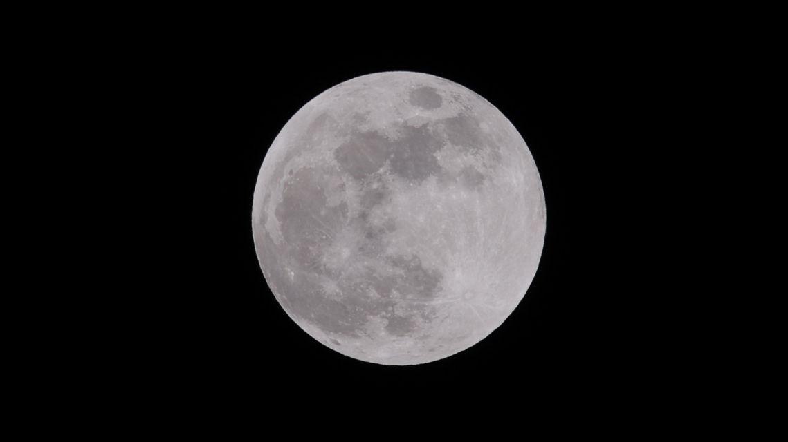 luna-piena-7726-TW-Slideshow.jpg