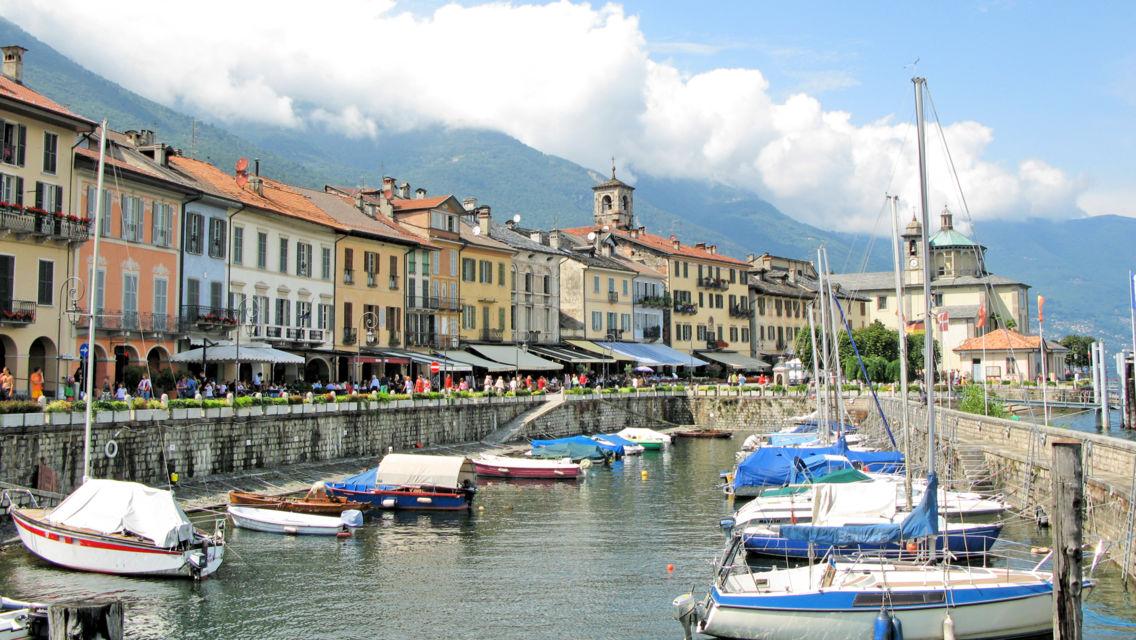 lungolago-di-Cannobio-Italia-24262-TW-Slideshow.jpg