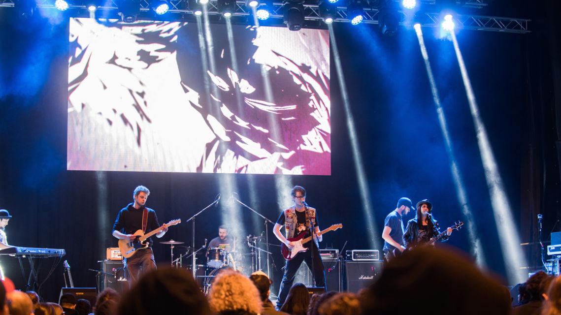 palco-ai-giovani-24133-TW-Slideshow.jpg