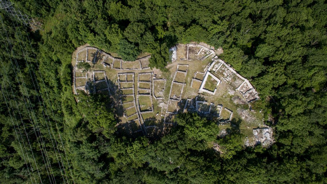 parco-archeologico-Tremona-19823-TW-Slideshow.jpg