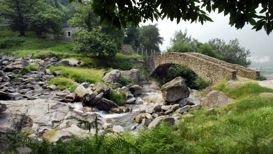 ponte-in-sasso-8113-TW-Slideshow.jpg