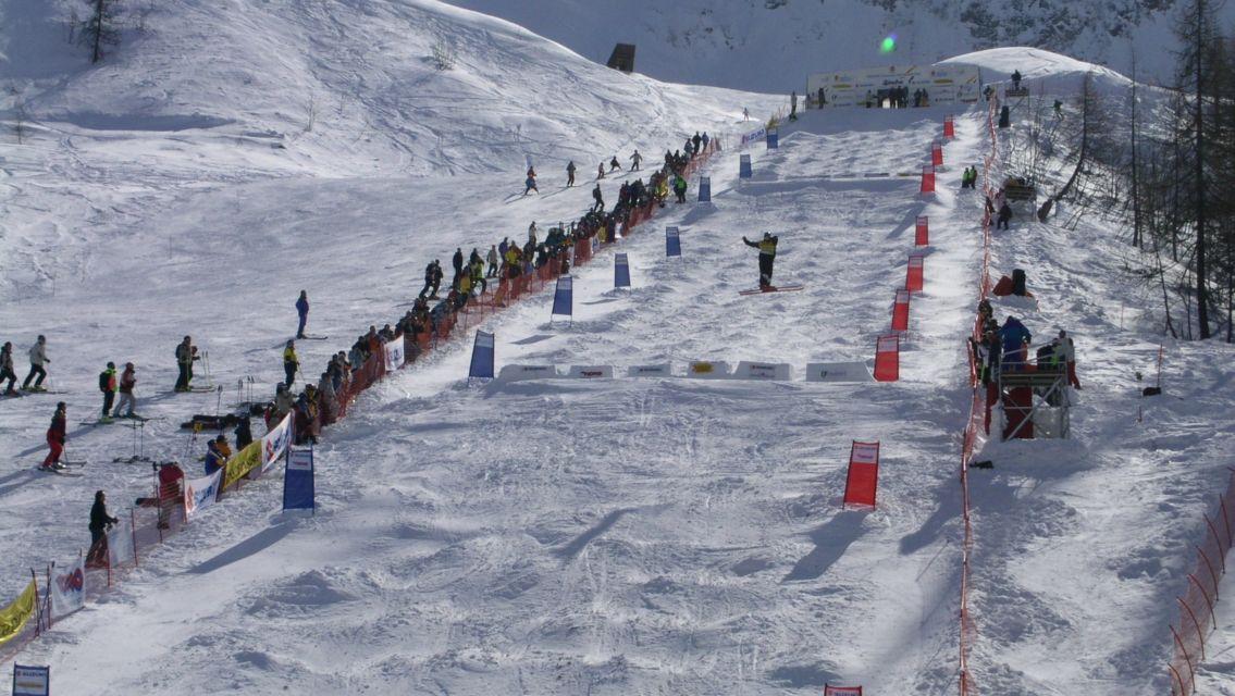 sci-freestyle-sulle-piste-di-Pesciuem-13651-TW-Slideshow.jpg