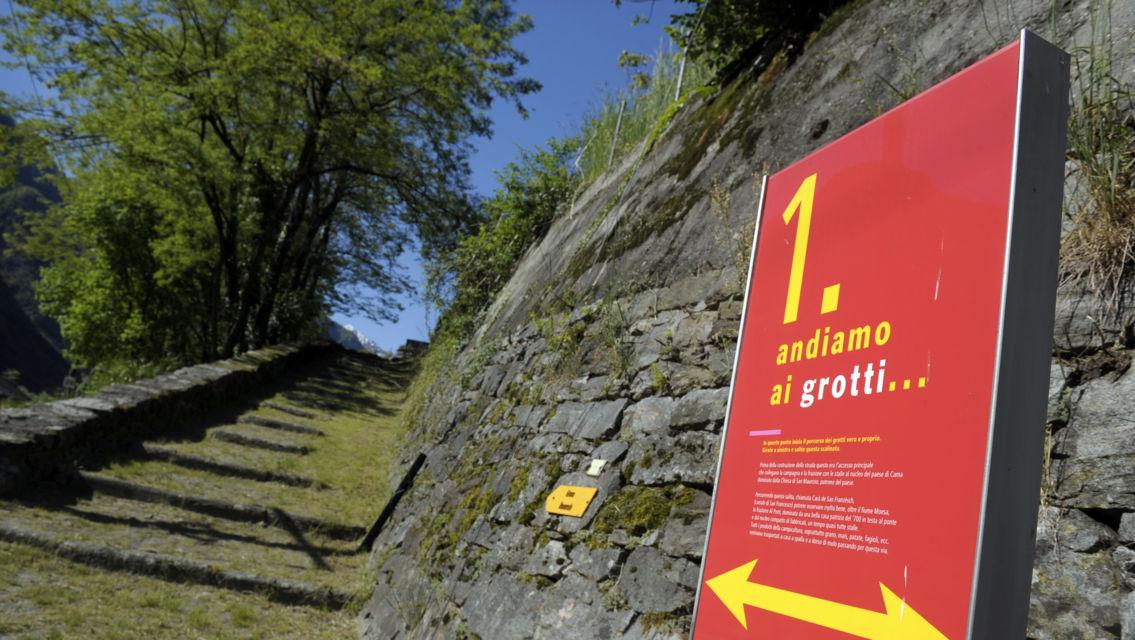sentiero-Grotti-di-Cama-7034-TW-Slideshow.jpg