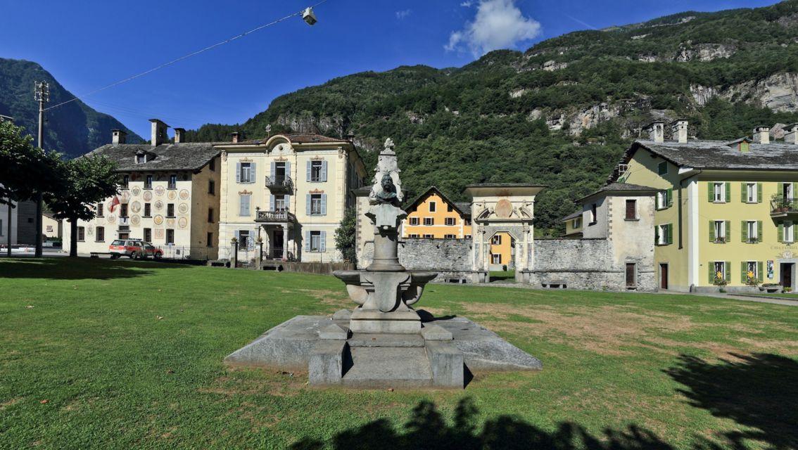 veduta-della-piazza-16579-TW-Slideshow.jpg