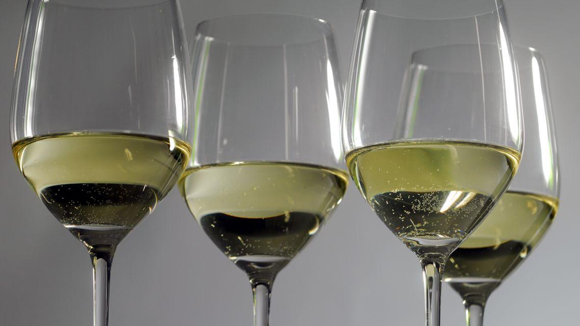 vino-bianco-24487-TW-Slideshow.jpg