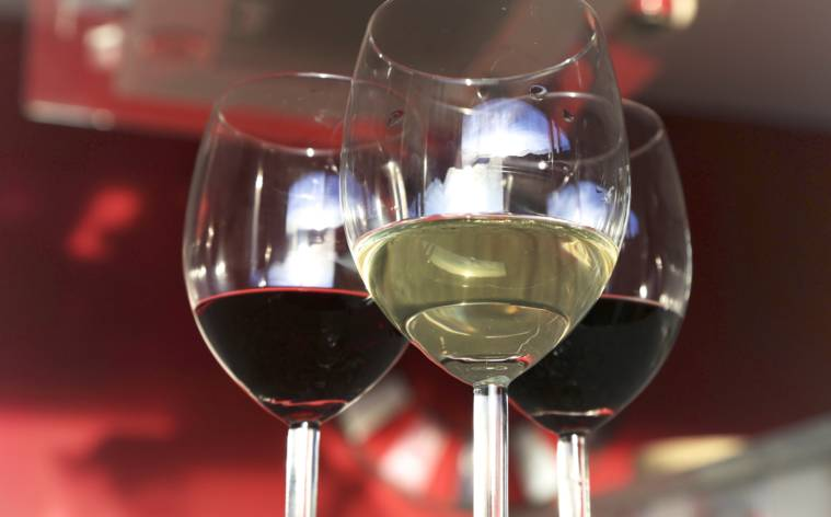 vino-bianco-e-rosso-16112-TW-Interna.jpg