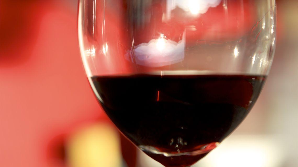 vino-rosso-16105-TW-Slideshow.jpg