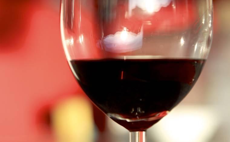 vino-rosso-26001-TW-Interna.jpg